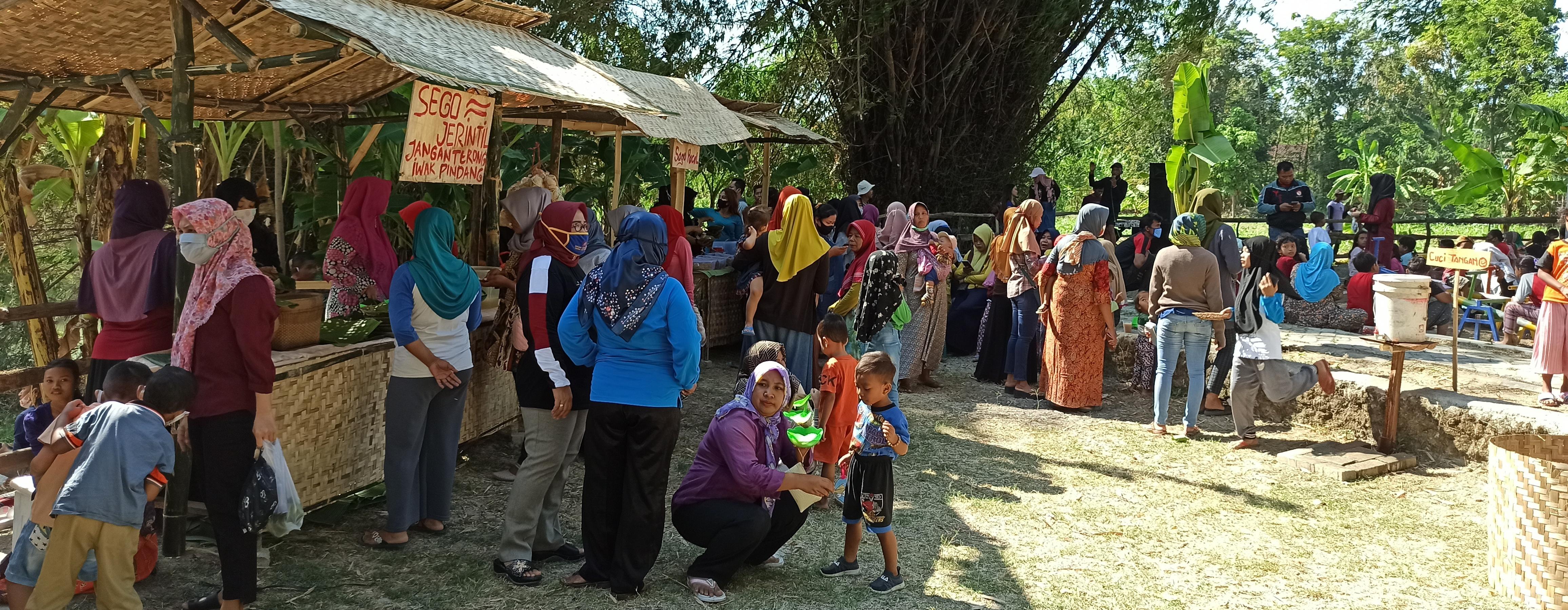 Wisata Perahu Cinta Desa Semawot Sukosewu <BR>Nikmati Wisata dan Kuliner Khas setiap Hari Minggu Pagi
